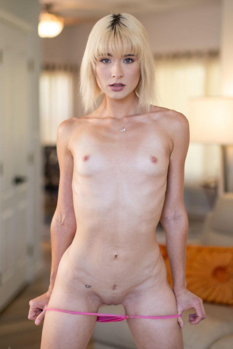 Jessie Saint