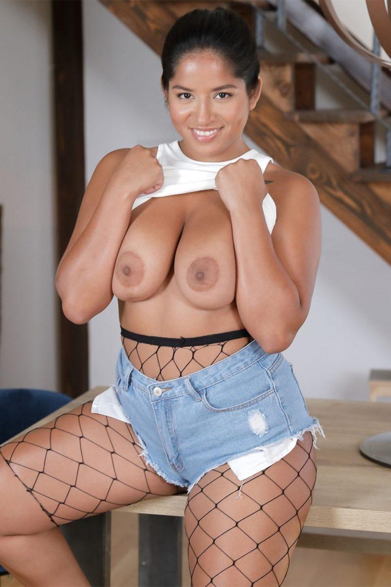 Amy Amor