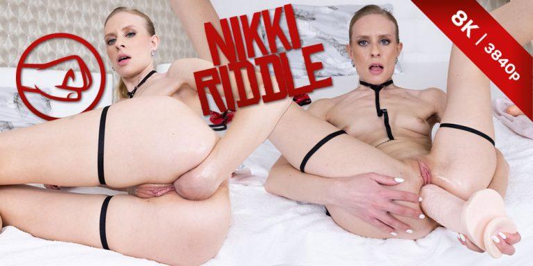 CzechVRFetish - Fisting her own Ass!