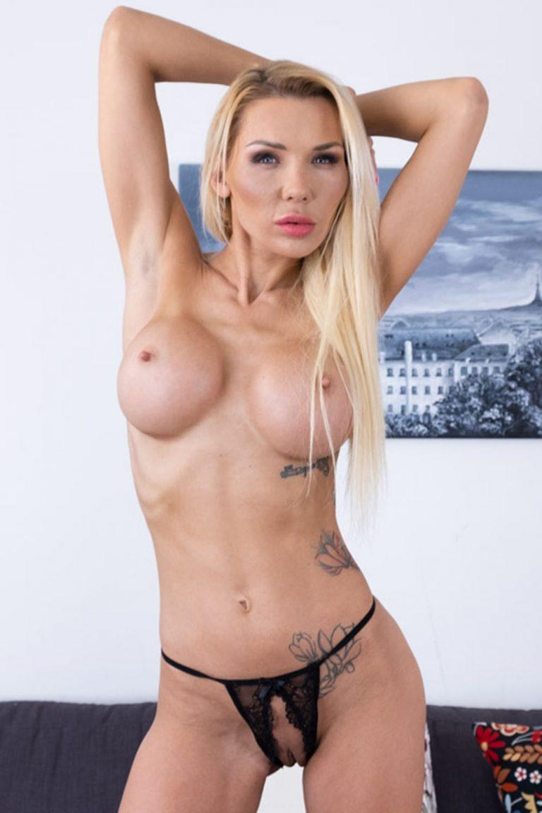 Nikki Star