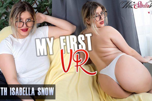 No2StudioVR - Isabella Snow - My First VR