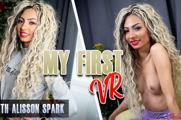 No2StudioVR - Alisson Spark - My First VR