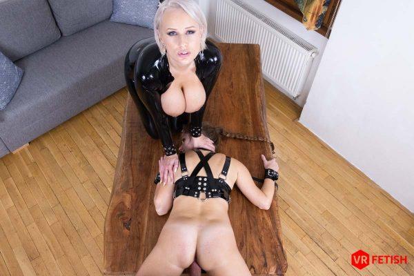 4. CzechVRFetish - Orgasmic Slave
