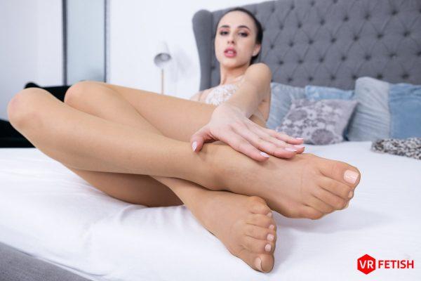 2. CzechVRFetish - I Know you Like Feet