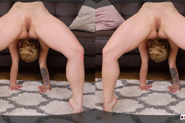 3. VirtualXPorn - Spandex anal gymnastic
