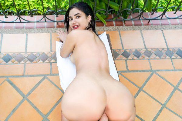 5. VRLatina - Big Booty Beauty