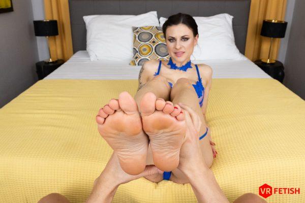 1. CzechVRFetish - Luxury Foot Treatment