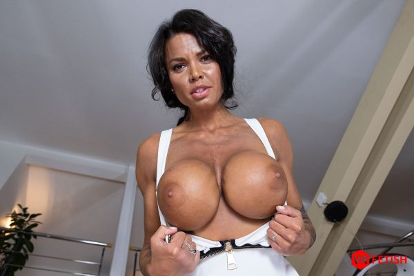 1. CzechVRFetish - Tanned Chole and her Pink Pussy