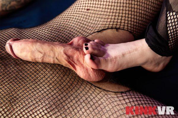 4. KinkVR - Feelicious Fuck Feet