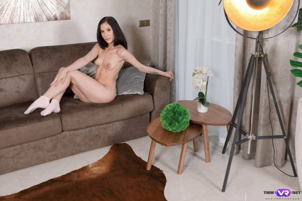 3. TmwVRnet - Excited hottie rubs her cunt