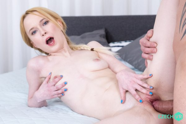 4. CzechVR - Sexy Flexi