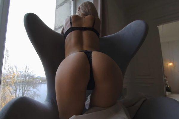 2. StasyQVR - The Sexy Side of BerylQ