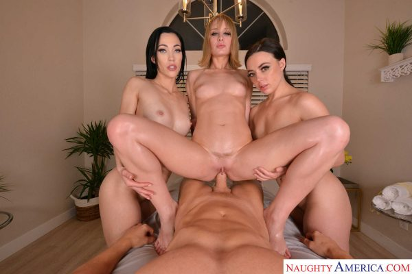1. NaughtyAmericaVR - The Spa 4