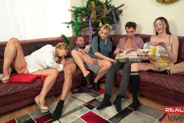 1. RealityLovers - Christmas Perverse Family