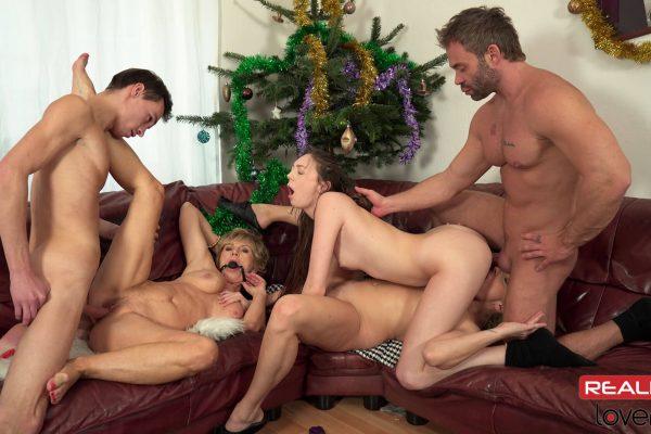 3. RealityLovers - Christmas Perverse Family